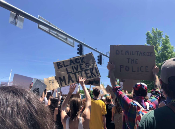 Bend+Protests+Peacefully+to+Support+the+Black+Lives+Matter+Movement